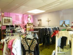 revive thrift shop (4)