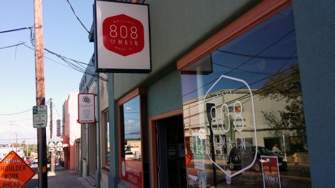 808 On Main: Awesome to the Last Bite