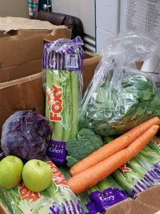Hui Hamana offered fresh produce to students.